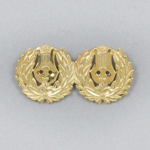 Suomenruotsalainen kaksoisäidinlyyra, kultaa